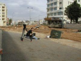 israel dan in ramallah idf clash 2 300x224 Beckmann in the West Bank with Arafat
