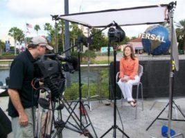 100 04291 300x225 Travelocity   Live at Universal Studios Florida