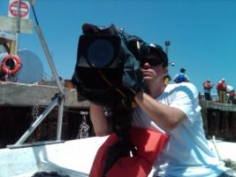 boat cam 300x225 Charleston Cameraman returns to the Gulf Coast for NBC News Coverage of the Oil Spill