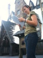 Amanda 225x300 Orlando Crews Help Universal Studios Ready for Potter Arrival