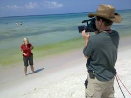 prann live cowboy hat 300x224 Charleston Crew Returns to Gulf  for Fox News
