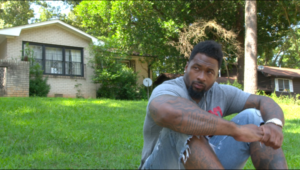 Screen Shot 2015 12 14 at 4.17.14 PM 600x340 Atlanta Crew Goes on a Journey with Darnell Dockett